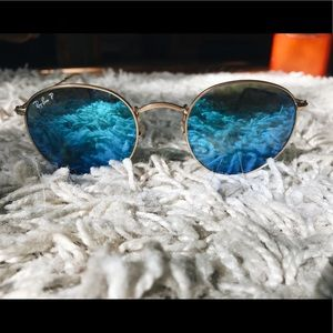 RAYBANS! Round flash lenses in blue with gold!